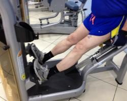 Подъем на носки — низ, на развитие икроножных мышц