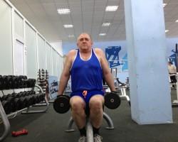 Шраги, сидя, на укрепление и развитие плеч