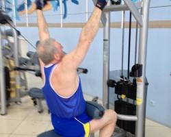 Вертикальная тяга — исходное, на развитие верхней части спины